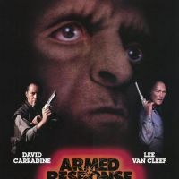 RESPOSTA ARMADA (Armed Response, 1986)